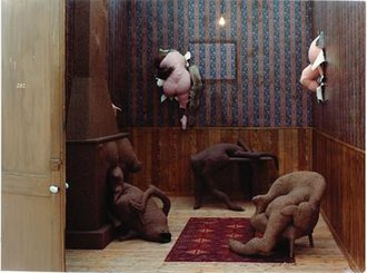 Dorothea Tanning - Dorothea Tanning, Hôtel du Pavot, Chambre 202 (Poppy Hotel, Room 202) 1970-73, mixed media, 133 7/8 x 122 1/8 x 185 in./340 x 310 x 470 cm, Musée National d'Art Moderne, Centre Georges Pompidou, Paris, ©The Estate of Dorothea Tanning