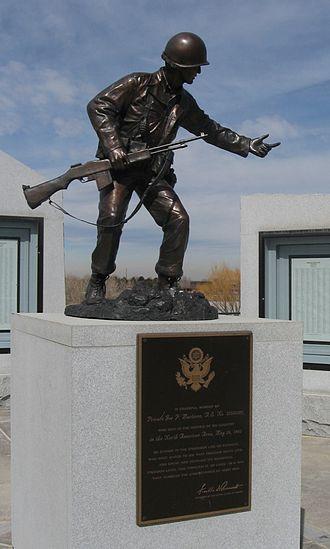 Joe P. Martínez - Image: Joe P Martinez Statue