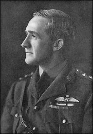 William Wedgwood Benn, 1st Viscount Stansgate - Capt. Wedgwood Benn c. 1918