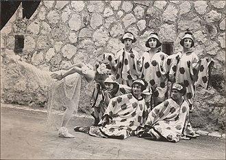 Le chant du rossignol - Tamara Karsavina with dancers. Costume designs by Henri Matisse, 1920