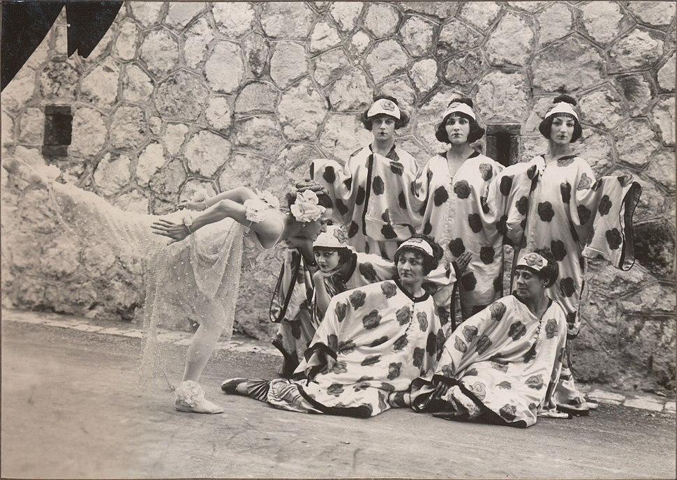 Le chant du Rossignol, Tamara Karsavina with dancers. Costume designs by Henri Matisse, 1920
