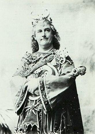 Utopia, Limited - Barrington as King Paramount