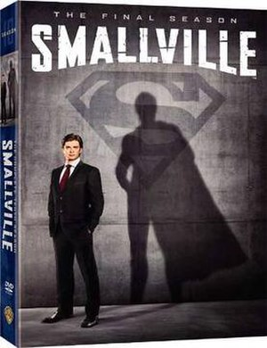 Smallville (season 10) - Image: Smallv DVD