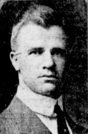 Willard Gildersleeve - Gildersleeve as Meriden H.S. coach in 1913