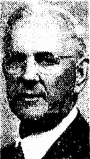 Cowlitz (sternwheeler) - Capt. Milton Smith (1874–1951), long-term owner of Cowlitz.