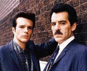 Crime Story (TV series) - Anthony Denison (left, as Ray Luca) and Dennis Farina (as Lt. Mike Torello)
