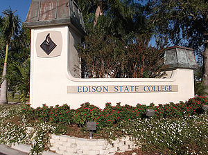 Florida SouthWestern State College - Former Edison State College sign at Thomas Edison Campus