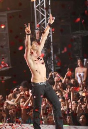 This Is My Live - Sakis Rouvas performing for an audience of 7,000 at Lycabetus Theatre on 9 September 2007.