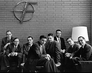 Traitorous eight -  From left to right: Gordon Moore, C. Sheldon Roberts, Eugene Kleiner, Robert Noyce, Victor Grinich, Julius Blank, Jean Hoerni and Jay Last. (1960)