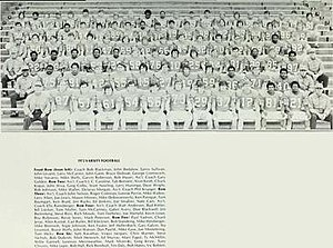 1972 Illinois Fighting Illini football team - Image: 1972 Illinois Fighting Illini football team
