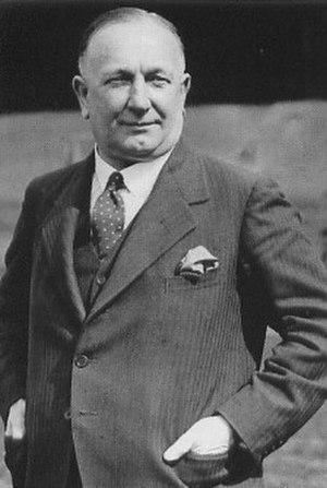 Herbert Chapman - Image: Herbert Chapman 1