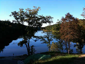 Shanty Hollow Lake - Image: Shanty Hollow Lake Autumn
