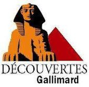 "Découvertes Gallimard - Logo of Découvertes Gallimard, it appears on the back cover and book spine, including ""Hors série"" and some international editions."