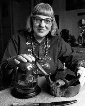 Doreen Valiente - Image: Doreen Valiente Witch