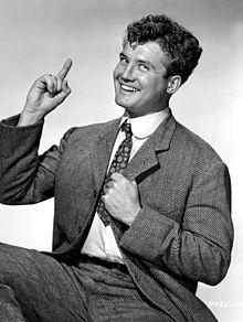 George Reeves - 1948.jpg