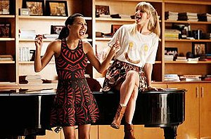 """Jagged Little Tapestry - Santana and Brittany singing a mashup of """"Hand in My Pocket"""" and """"I Feel the Earth Move"""""""