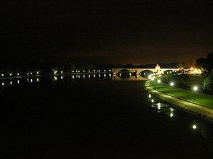 Night shot of the Pont d'Avignon