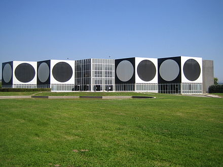 Museum Fondation Vasarely in Aix-en-Provence Fondation Vasarely, Aix-en-Provence.jpg