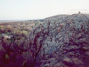 Rattlesnake Mountain (Connecticut) - Pinnacle Rock