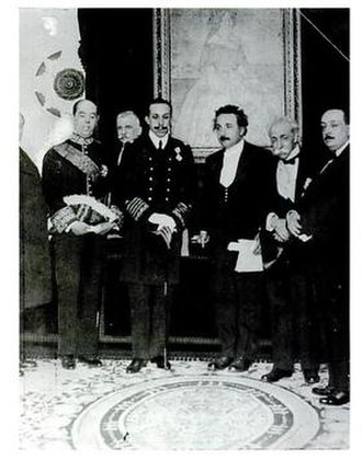 Complutense University of Madrid - Alfonso XIII, King of Spain, with Faculty members of the University: Albert Einstein, José Rodríguez Carracido, Blas Cabrera y Felipe, among others, on 11 March 1923.
