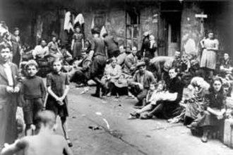 Kielce pogrom - Jewish Holocaust survivors awaiting transport to the British Mandate of Palestine
