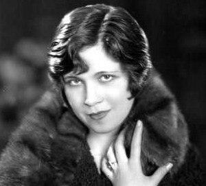 Estelle Brody - Promotional photograph