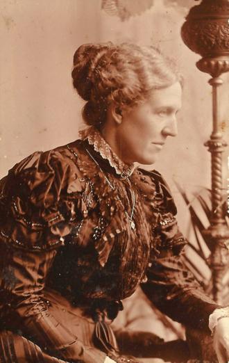 Ladies Dining Society - Kathleen Lyttelton, founder, c. 1898