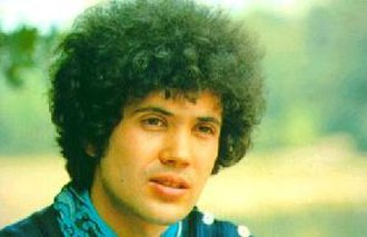 Il mio canto libero (song) - Lucio Battisti was the original performer of the song.