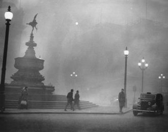 Pea soup fog - Piccadilly Circus in Pea-Soup Fog, 1952, by unknown photographer.