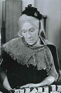 <i>Old Mother Rileys New Venture</i> 1949 film by John Harlow