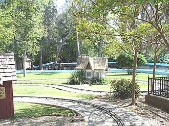 William Land Park - Image: Funderland Car Ride Sacramento CA