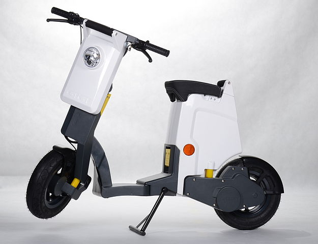 amazingmachines.info-rechargeable-mobility-scooter