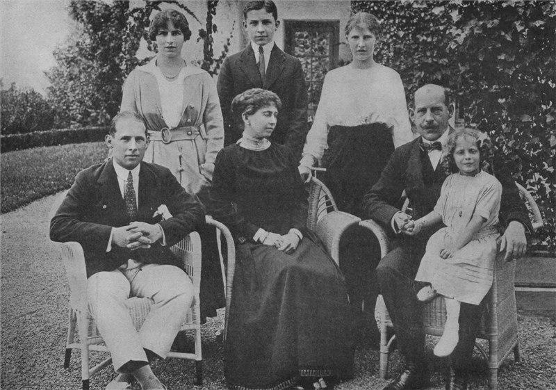 Greek Royal Family 1914