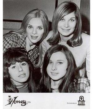 Honey Ltd. - Top: Alexandra, Marsha. Bottom: Laura, Joan