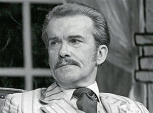 John Moffatt (actor) - John Moffatt in the 1977 production of The Play's the Thing, by P. G. Wodehouse