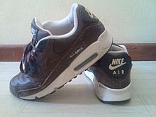 Leather Air Max 90s 71ebe9254