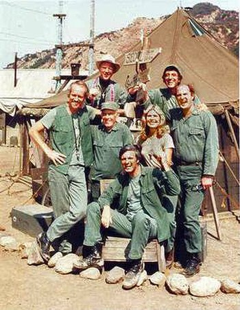 The cast of M*A*S*H from Season 8 onwards (clo...