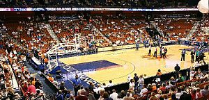 Connecticut Sun - Mohegan Sun Arena filling up before a game.