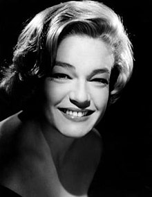 Simone signoret photo.jpg