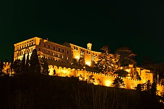 CastelBrando - Image: Castelbrando, Cison di Valmarino, Italy