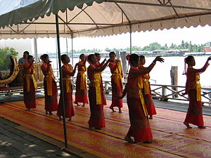 Pak Kret District - Thai dance at the Wat Pailom