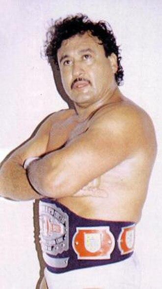 Ángel Blanco - An unmasked Ángel Blanco wearing a championship belt