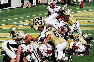 2006 Georgia Tech Yellow Jackets football team - Tashard Choice scores his first TD on a 1-yard plunge.