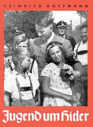 Heinrich Hoffmann (photographer) - Youth Around Hitler, a Hoffmann picture book