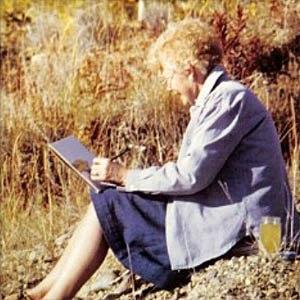 Barbara Roe Hicklin - Image: Photo of Barbara Roe Hicklin sketching