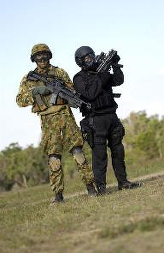 Special Operations Command (Australia) - Soldiers from Special Operations Command during a media demonstration in May 2003
