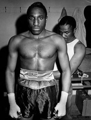 """Billy Arnold (boxer) - Billy Arnold in locker room with trainer """"Young Joe"""" Walcott"""