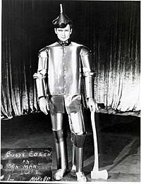 Buddy Ebsen originally cast as the Tin Man