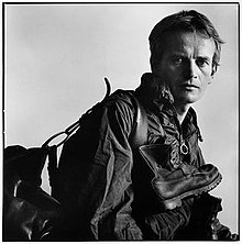 Bruce Chatwin, July 1982.jpg