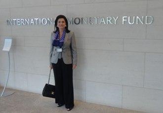 Rodi Kratsa-Tsagaropoulou - In front of the International Monetary Fund (Washington) September 2011